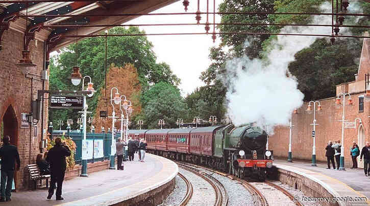 Regular steam train trips between London and Windsor resume