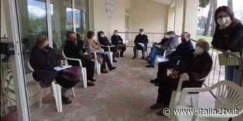 Ecco le prime vaccinazioni al Centro Vaccinale di Sala Consilina: tra dubbi e speranza, la cronaca - Italia2TV