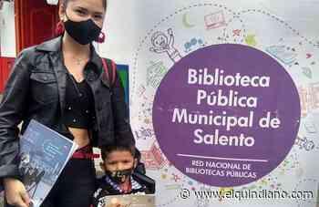 El programa Libros al Parque complementa el mercado campesino de Salento y estimula la lectura - El Quindiano S.A.S.