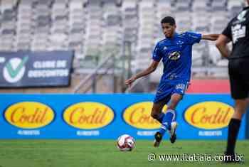 Cruzeiro: titular absoluto, volante Adriano elogia consistência defensiva do time - Rádio Itatiaia