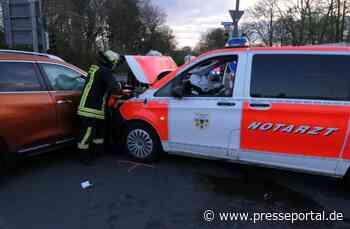 FW-DO: 16.04.2021 - Verkehrsunfall mit einem Notarzteinsatzfahrzeug.