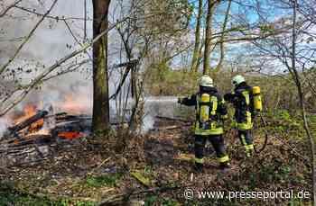 FW-KLE: Imkerstand in Waldstück bei Donsbrüggen abgebrannt