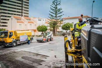 Arranca en Aguadulce el Plan de Asfaltado para 12 calles y un camino - La Voz de Almería