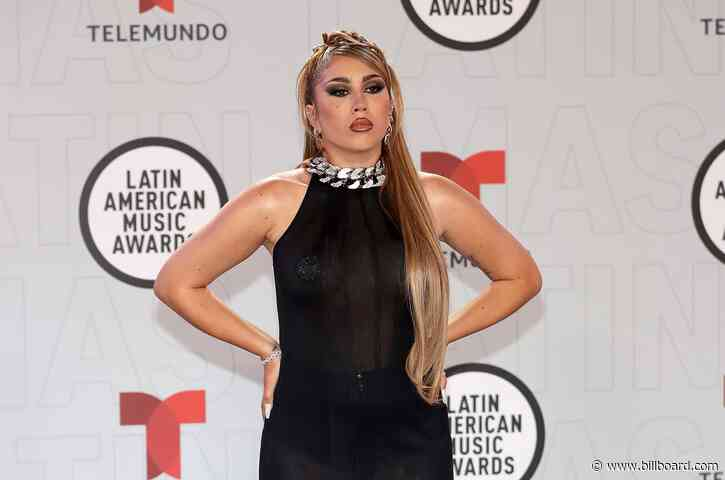 From Kali Uchis to Juanes, 5 Things You Didn't See on TV at the 2021 Latin AMAs