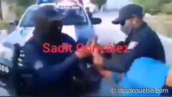Video desde Puebla: Exhiben a policías de Zinacatepec que cometen abuso de autoridad contra familia humilde - desdepuebla.com - DesdePuebla