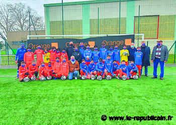 Essonne : les footballeurs de Bondoufle aux couleurs d'Orange - Le Républicain de l'Essonne