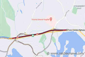 Traffic backs up on Highway 1 westbound in View Royal after crash – Oak Bay News - Oak Bay News