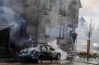 Brand in Eislingen - Haus brennt nieder – Schaulustige behindern Löscharbeiten - Stuttgarter Nachrichten