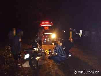 Motociclista bate em árvore caída e fica ferido no interior de Itapiranga - WH3