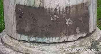 Reggio Calabria. Catona, vile atto vandalico danneggia la stele dedicata a Dante - Tempo Stretto