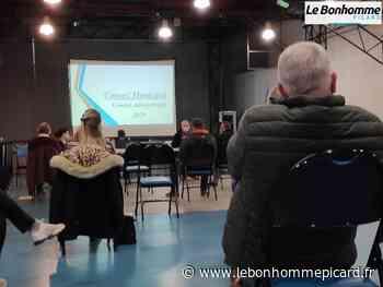 VIDÉO Roye : Le Conseil municipal applaudit le personnel soignant - Le Bonhomme Picard