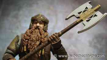 Toy Review: The Lord of the Rings Gimli Deluxe Figure by Diamond Select - Superherohype.com