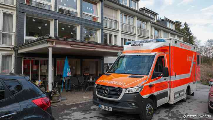 Trotz Impfung ansteckend? Nach Leichlingen weitere Corona-Ausbrüche in Altenheimen - WDR Nachrichten