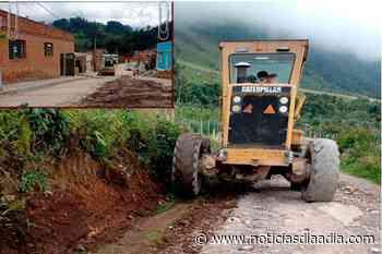 Pasca avanza con la reparación de vías agrícolas y casco urbano - Noticias Día a Día