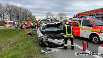Swisttal-Heimerzheim: Vier Verletzte bei Abbiege-Crash - BILD