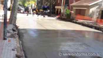 Avanza repavimentación de las calles San Juan y Aristóbulo del Valle - varelainforma.com.ar