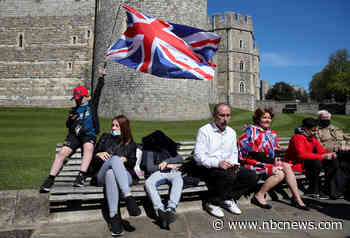 Royal fans defy Covid restrictions, flock to Windsor to say farewell