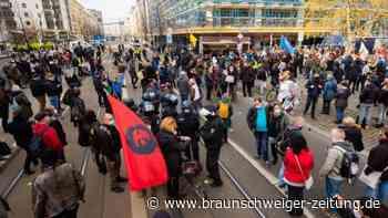 Demonstrationen: Zahlreiche Proteste in Deutschland gegen Corona-Politik
