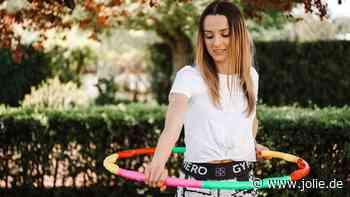 Hula Hoop zum Abnehmen: Schmale Taille und Bauchmuskeln