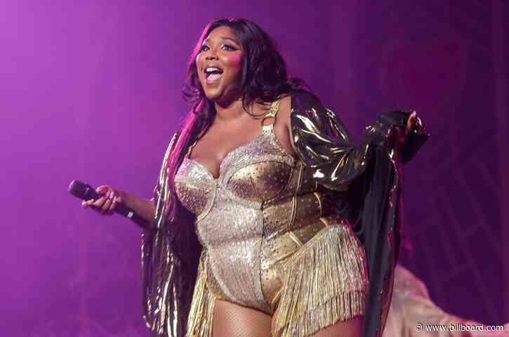 Lizzo Jokes 'Don't Drink and DM' … After Seemingly Sliding Into Chris Evans' DMs