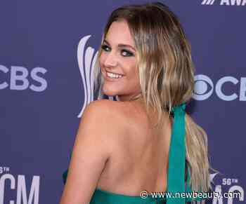 Kelsea Ballerini's Hairstylist Says These 3 Tricks Help Keep Blonde Hair Bright - NewBeauty Magazine