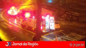 Colisão entre carros deixa dois feridos no Santa Gertrudes - JORNAL DA REGIÃO - JUNDIAÍ