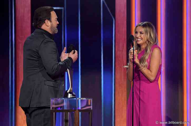 Carly Pearce & Lee Brice Duet on 'I Hope You're Happy Now' at 2021 ACM Awards