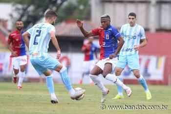 Em sua estreia na Vila Capanema, Paraná fica no empate com o Londrina - Banda B