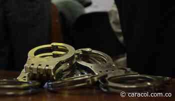 Capturados tres funcionarios de Abejorral por manejo irregular de COVID-19 - Caracol Radio