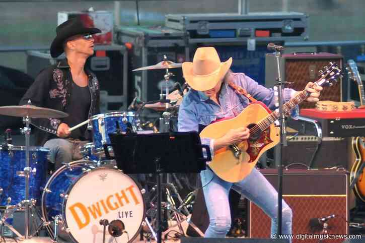 Warner Music Group Moves to Dismiss Dwight Yoakam Copyright Ownership Claim