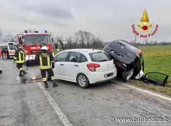Bene Vagienna, frontale fra due auto lungo la Provinciale 159 - Cuneodice.it