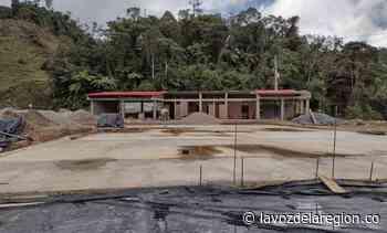 Avanza proceso de remodelación de una escuela en vereda de Suaza - Huila