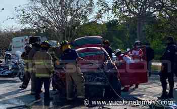 Playa del Carmen: Rescatan a tres prensados en aparatoso accidente carretero - Yucatán a la mano