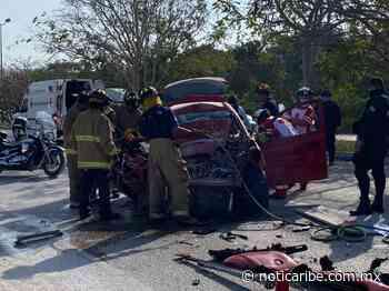Choque en Playa del Carmen deja a tres heridos - Noticaribe