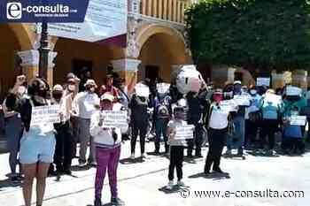 Pobladores de Tlaxcalancingo van contra reelección de Karina Pérez 16:56 - e-consulta
