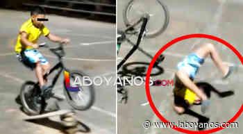 VIDEO: Niño casi muere cuando realizaba peligrosa maniobra en bicicleta en Isnos, Huila - Laboyanos.com