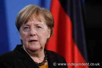 Merkel defends German/Russian pipeline construction