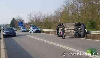 Cossato, tamponamento tra 3 auto: giovane in ospedale e traffico rallentato all'uscita della Superstrada FOTO - newsbiella.it