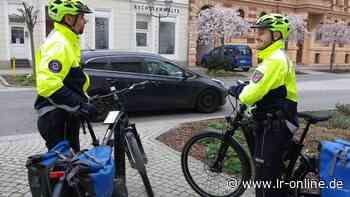 Verkehrssicherheit in Spree-Neiße: Mit dem E-Bike in Guben auf Streife - Lausitzer Rundschau