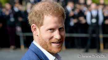 Rückflug in die USA erst später: Prinz Harry bleibt in Großbritannien