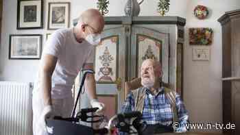 Situation in der Altenpflege: Millionen Überstunden werden nicht bezahlt