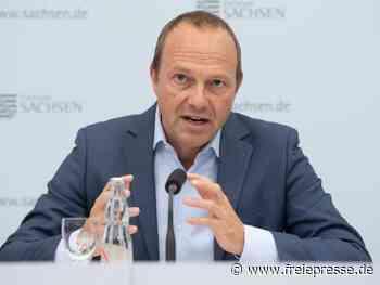 Umweltminister besucht Solarfirma Meyer Burger in Freiberg - Freie Presse