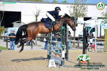 Equitazione, la 12enne teatina Greta D'Angelo vince a Manerbio - Abruzzo in Video