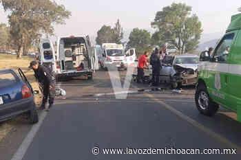 Accidente automovilístico deja una persona muerta y tres heridas en Zacapu - La Voz de Michoacán