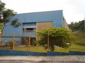 Empresa instala repelentes de pombos nos colégios de Santana de Parnaíba. - Jornal O Anhanguera
