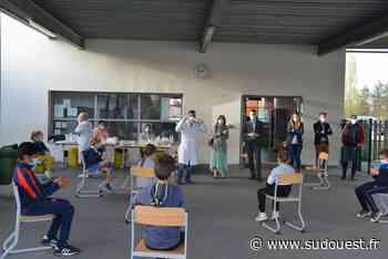 Martignas-sur-Jalle : des tests salivaires réalisés à l'école Aimé-Césaire - Sud Ouest