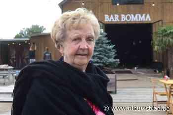 Bomma Marie-Jeanne (90) kan niet wachten tot 'haar' zomerbar heropent