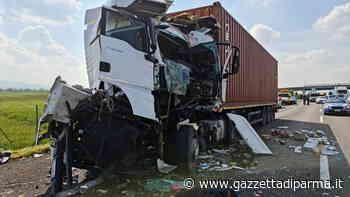 Tragico schianto fra due camion in autostrada vicino a Fidenza: morto un 55enne - Gazzetta di Parma