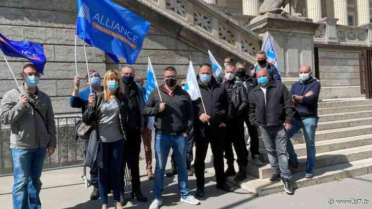 """Affaire """"de Viry Chatillon"""": des policiers manifestent à Saint-Etienne - TL7"""