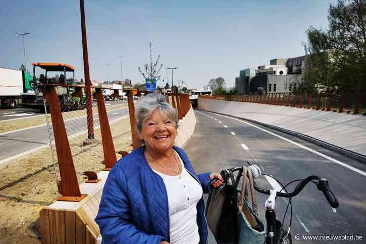 """Nieuwe fietstunnel langs Woluwedal officieel geopend: """"Vroeger was het hier een catastrofe voor de fietsers maar nu is het perfect"""""""
